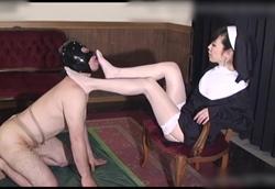 【女王様】聖シスターの秘密のマゾ男懺悔室 聖紫苑1