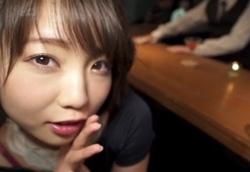 【主観ささやき】BARでこっそり誘惑痴女フェラ!戸田真琴1
